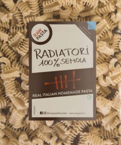 Sveže domače testenine iz zdroba iz trde pšenice Radiatori Rawpasta Ljubljana