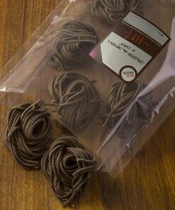 Dobre sveže domače testenine z okosum v obliki Kavni špageti na kitaro iz Raw Pasta
