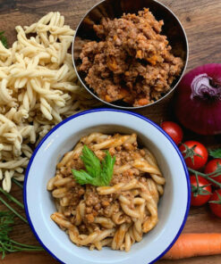 Okusni Caserecci al Ragu Raw pasta