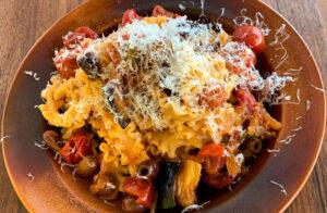 Dobra in okusni recept za sveže domače testenine z omako Siciliana Rawpasta Ljubljana